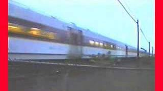 getlinkyoutube.com-Two MBTA Commuter Trains Lashed Up for Trip to Framingham