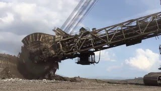 getlinkyoutube.com-Bucket Wheel Excavator - Mining Mega Machines