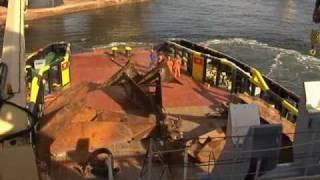 getlinkyoutube.com-Anchor handling Transocean Driller