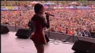 getlinkyoutube.com-Alizee Live in Amsterdam