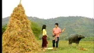 getlinkyoutube.com-Pleng Ruk Rim Fung Khong เพลงรักริมฝั่งโขง