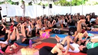 getlinkyoutube.com-Menjadi Instruktur Yoga Anjasmara Harus  Sabar