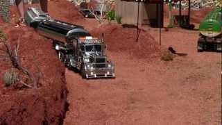 "King Hauler ""Chrom-Edition"" - Road Train in Lyss"