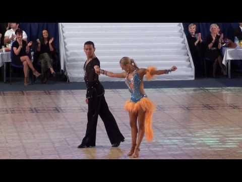 Dancing Maria de J Armen Letra y Video