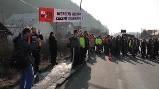 Kysučania zablokovali hlavný cestný ťah 1/11 v Povine