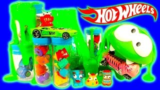 getlinkyoutube.com-Hot Wheels Color Splash & Trash Science Lab Color Shifter Ooze Volcano FUN