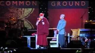 Swizz Beatz en concert avec le Dalai Lama