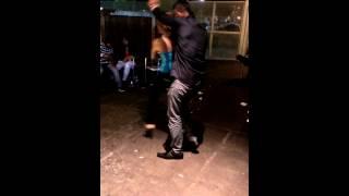 Bailando corridos en vivo