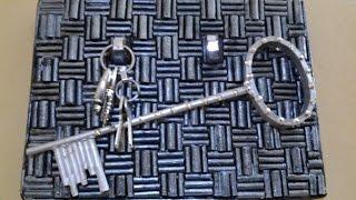 getlinkyoutube.com-Best Out Of Waste Paper Key holder