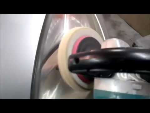 """Как отполировать фары на Toyota Funcargo """"Фунтик"""""""