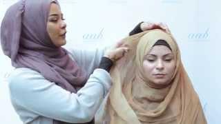getlinkyoutube.com-The Classic Hijab Style - Live Hijab Tutorial with Habiba Da Silva