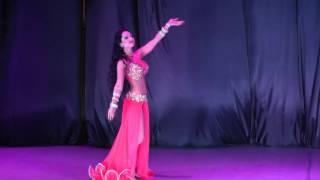 فتاة اوكرانية ترقص رقص شرقي بتجنن Belly Dancing