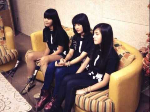 Interview JKT48 [Audio Only] on Jeje Radio 105.1 FM Surabaya [02.06.2013]