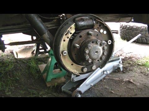 Расположение задних тормозных колодок у UAZ Хантер
