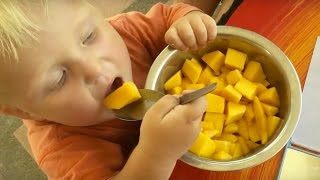 getlinkyoutube.com-WHAT my 2 year old BABY eats in a DAY, high carb    part2