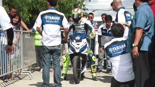 getlinkyoutube.com-Valentino Rossi in the Philippines! Yamaha Sniper MX 135