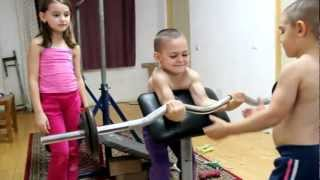 getlinkyoutube.com-Explosion of biceps