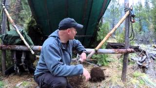 getlinkyoutube.com-Bushcraft Woodcraft Camp, 8x10 Tarp  Folding Shelter