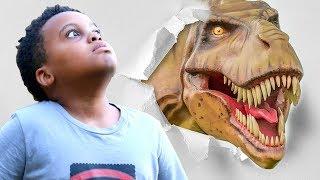 getlinkyoutube.com-Bad Baby T-Rex ATTACKS - Scary T-Rex vs Shasha And Shiloh IRL - Onyx Kids