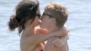 getlinkyoutube.com-Justin Bieber &Selena Gomez _on the sea