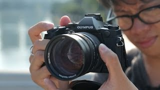 getlinkyoutube.com-Olympus OM-D E-M1 Hands-on Review
