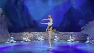 getlinkyoutube.com-Final Ballet Lago de los cisnes, espectacular!!!