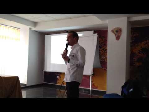 Vali Porcisteanu - despre povestea lui @ Strong Ideas Seminar - 1.04.2013
