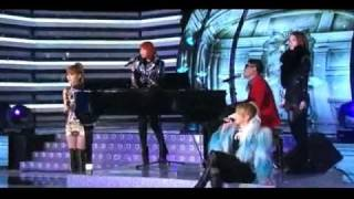 (2010) 2ne1's CL Singing Compilation Part 1