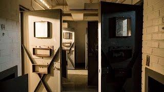 getlinkyoutube.com-Exploring a Huge Abandoned Prison (Pt. 2)