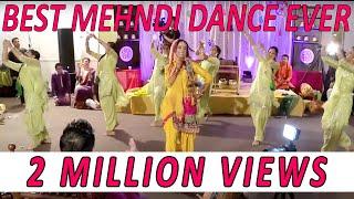 getlinkyoutube.com-OMG Wedding - Mehndi Group Battle - Girls vs Boys