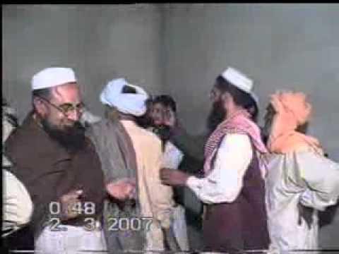 Munazra Sharait Hayat UL Nabi S,A,W or Kabr Me Hr Insan Zinda Nhi.Munazir Mulana Qadoos Saheb.11/20