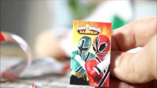 getlinkyoutube.com-Power Rangers Samurai Egg vs Kinder Joy Egg