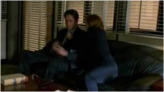 getlinkyoutube.com-X-Files: Mulder/Scully -- Footloose