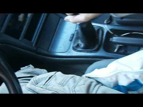 Расположение у Mazda Capella сальника редуктора