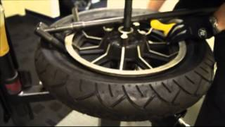 getlinkyoutube.com-No-Mar Tire Changer - How to change rear tire on a Harley