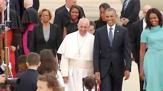 getlinkyoutube.com-President Obama, the First Lady, Vice President Biden & Dr. Biden Greet His Holiness Pope Francis