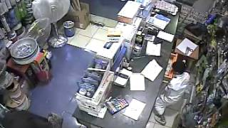 getlinkyoutube.com-Young thief in Saudi Arabia