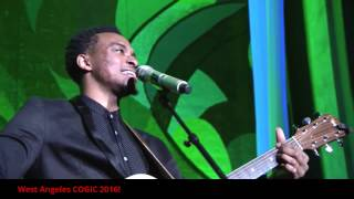 Jonathan McReynolds Performing