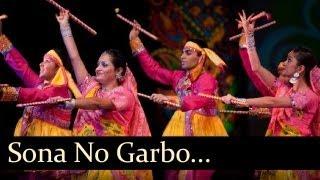 getlinkyoutube.com-Gujarati Garba Songs - Sona No Garbo - Maniyaro Ayo Lya - Maniraj Barot