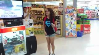 "getlinkyoutube.com-Girl Sings ""I Will Always Love You"" Karaoke at Supermarket AMAZING!"
