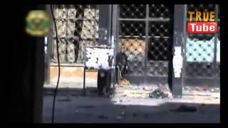 حلب لحظة قنص ارهابي حاول تفجير القصر العدلي