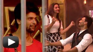 getlinkyoutube.com-Hot Gauhar Khan And Asif Azim Dance In Bigg Boss Season 7 - Hot Gossip