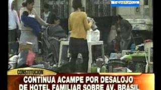 getlinkyoutube.com-PERUANOS DESALOJADOS , SEGUNDO DÍA DE PROTESTA