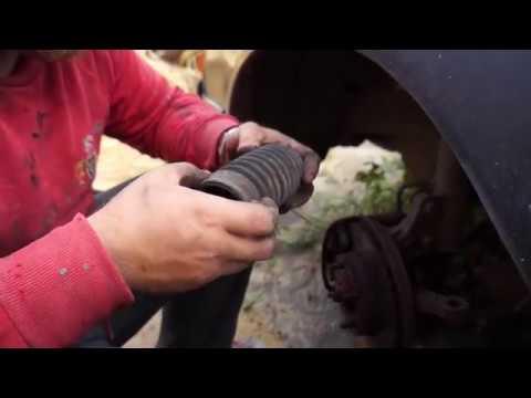 Замена пыльника и рулевой тяги на автомобиле TOYOTA CELICA T16