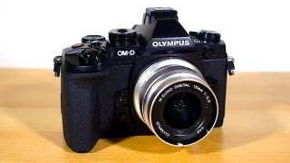 getlinkyoutube.com-Olympus OMD EM-1 Review - Hardware