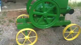 getlinkyoutube.com-1941 6hp john deere E Post Waterloo Boy Hit Miss Gas Engine Nice and Slow