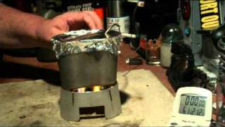 getlinkyoutube.com-Canteen Cup Stove with Mod 1 using Coghlan's Fuel Tablets - Boil Test #1