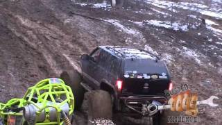 Blazer on 49s gets owned by a rock buggy - Aetna