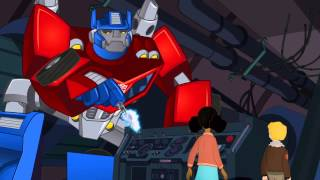 getlinkyoutube.com-Transformers Rescue Bots Optimus Prime and Bumblebee Save The Day