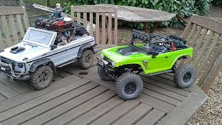 Axial scx10 Deadbolt & HG P402 RC Scale crawler back garden action.